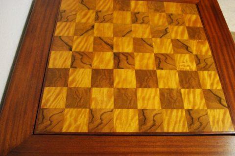 Spieltisch nach der Restaurierung
